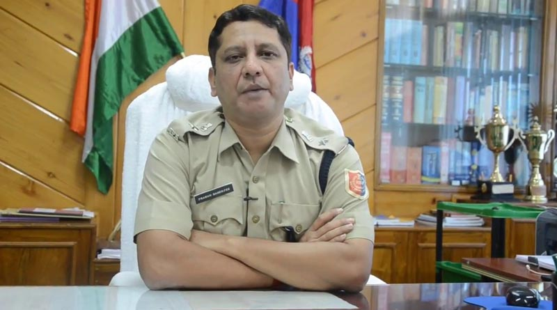 Police Super of South Dinajpur agrees to donate Eye