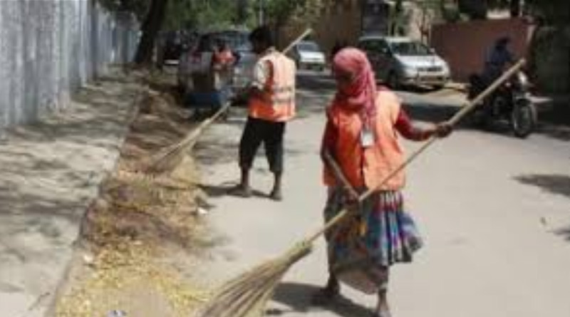 7,000 engineers, graduates apply for 549 sanitary worker posts