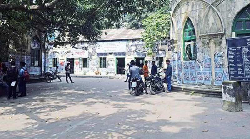 Crude bombs explode at Dhaka University campus