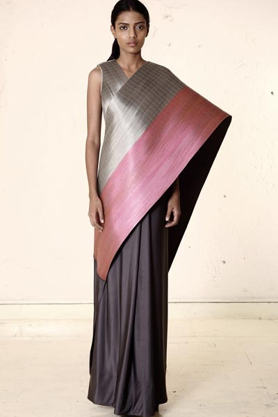 Metal Sari