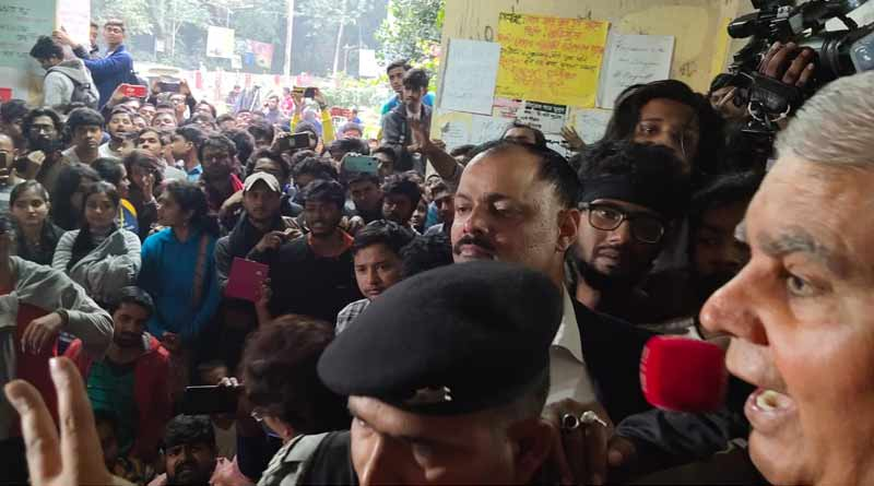 Governor Jagdeep Dhankhar tries to pacify agitating JU students
