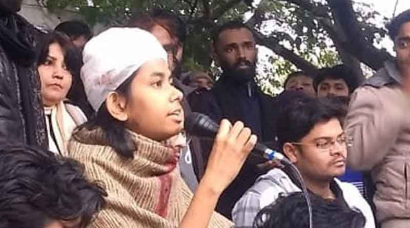 AIshi Ghosh from JNU calls for student strike on 8 January.