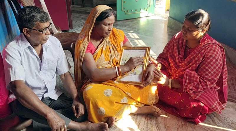Tehatta: Pulwama martyr's family slams state and Centre