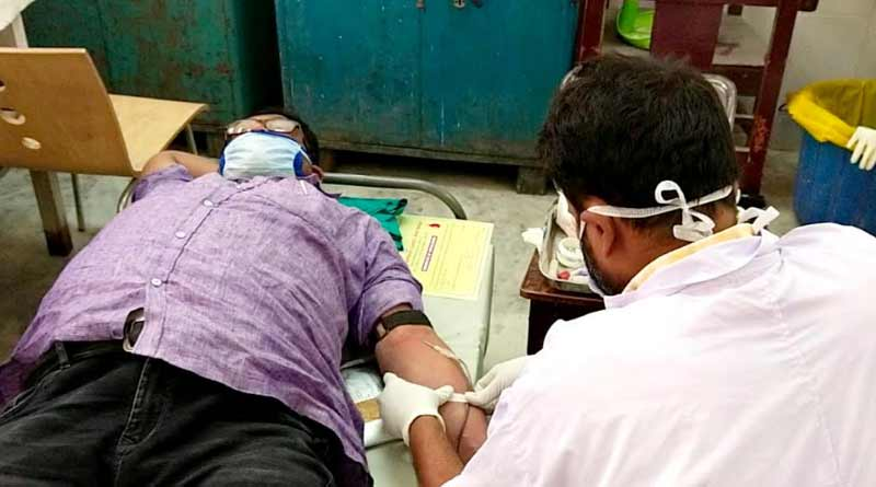 A TMC leader donates blood for thalasemia patient in Hooghly