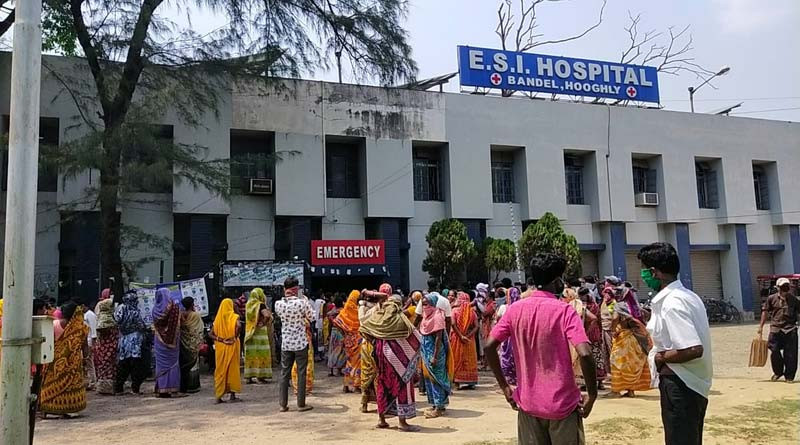 People show agitation at Bandel ESI hospital in Hooghly