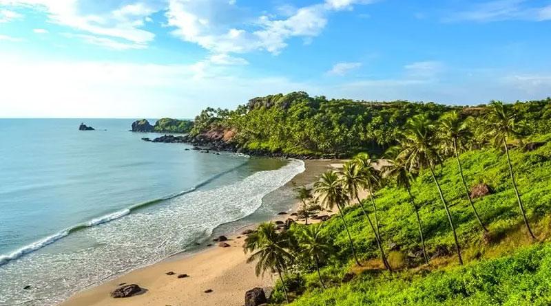 Goa CM requests, 'Don`t come to Goa to enjoy', amid Corona spread