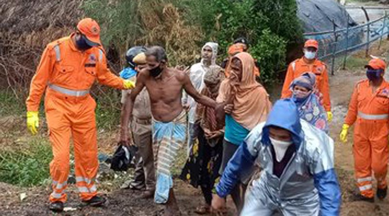 NDRF Teams evacuating people from coastal villages of Odisha