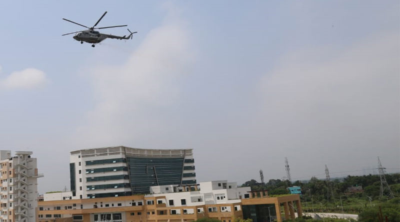 Fly past to flower showers, in armed forces' tribute to Corona virus Warriors