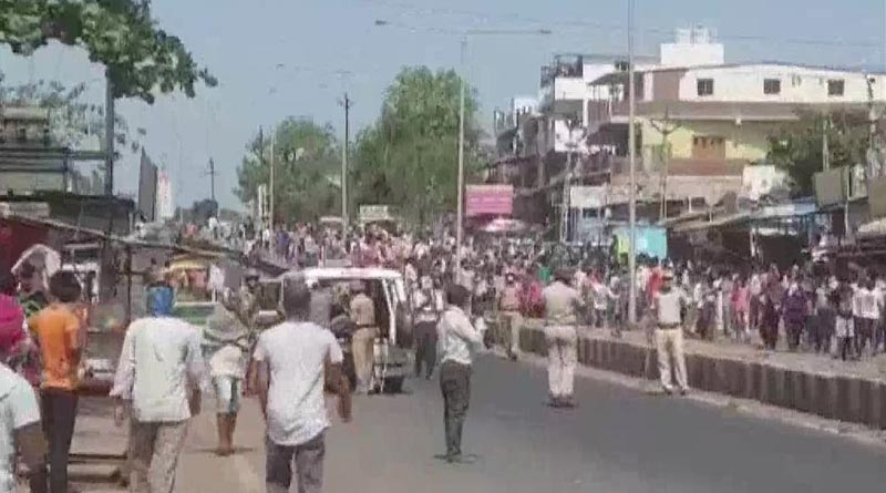 Migrants clash with police in Surat, over 100 detained