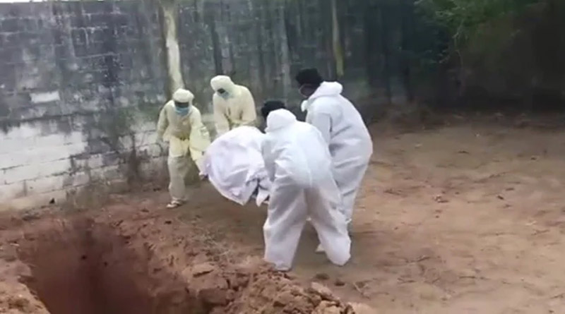 In Puducherry health worker through corona patient body in dig