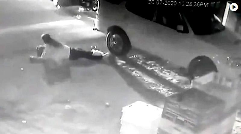 Uttar Pradesh journalist shot at in front of daughters