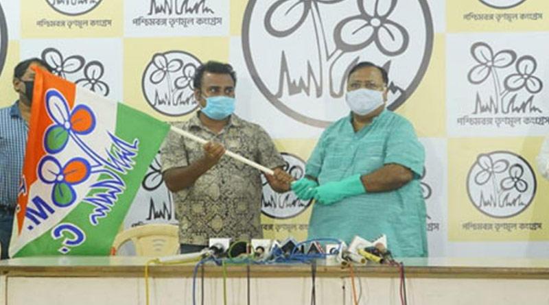Renowned Social activist Chandrashekhar Kundu joins Trinamool