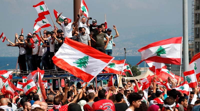 Anti-govt protest in Lebanon gains momentum as ministers resign