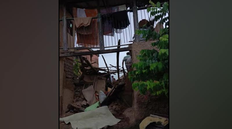 A house collapse in purba bardhaman, 3 person died