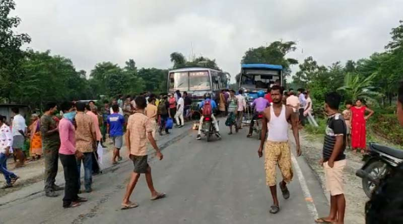 Accident in Falakata, 5 people died on Monday | Sangbad Pratidin
