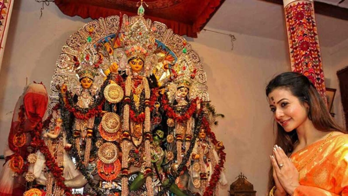 Koel Mallick Durga Puja