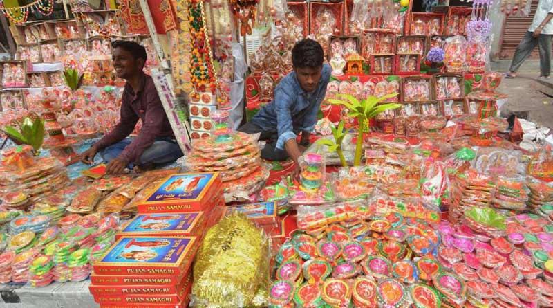 Record Diwali sales of Rs 72,000 crore despite boycott calls for Chinese goods | Sangbad Pratidin
