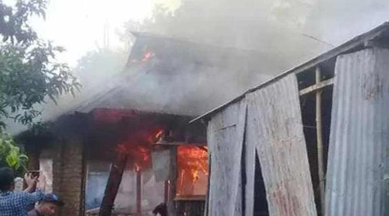 Bangla news: Hindu homes vandalized in Bangladesh over rumours of alleged Facebook post slandering Islam । Sangbad Pratidin