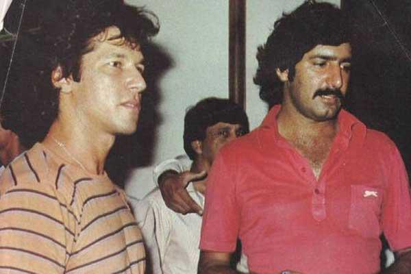 Sarfaraz Nawaz and Imran Khan