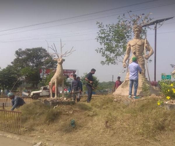 Birsa munda idol in Bankura