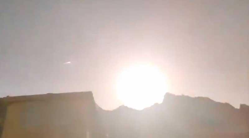Caught on Camera, Mammoth 'fireball' flashes through the horizon in China's Qinghai province | Sangbad Pratidin