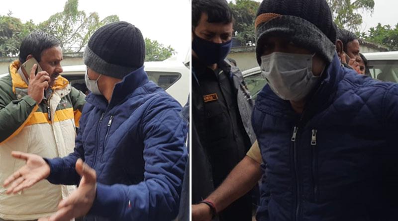 Cattle smuggler Enamul loses cool at court premises, abuses CBI officers| Sangbad Pratidin