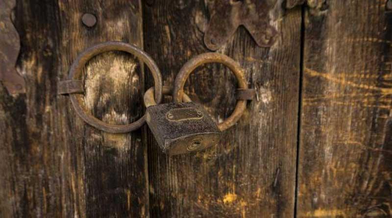3 graduate siblings kept locked in room for 10 years in Gujarat   Sangbad Pratidin