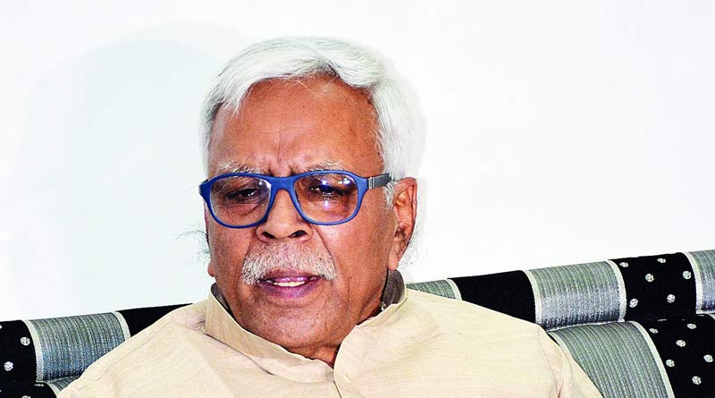RJD leader Shivanand Tiwari commented on woman allegedly gangraped by 17 men in Dumka | Sangbad Pratidin