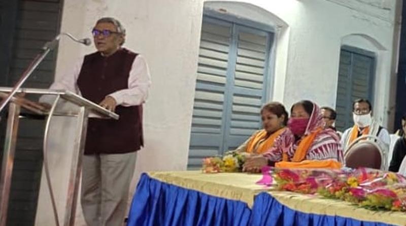BJP MP Swapan Dasgupta warns about fake voter from Murshidabad। Sangbad Pratidin