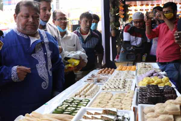 'Chete Pute', a food fair at Santosh Mitra Square must be your destination