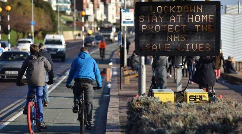 Lockdown in England needs to be stricter, scientists warn | Sangbad Pratidin
