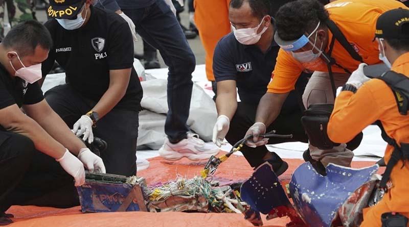 Indonesia Plane Likely Broke Apart When Hitting Waters, Says Investigator   Sangbad Pratidin