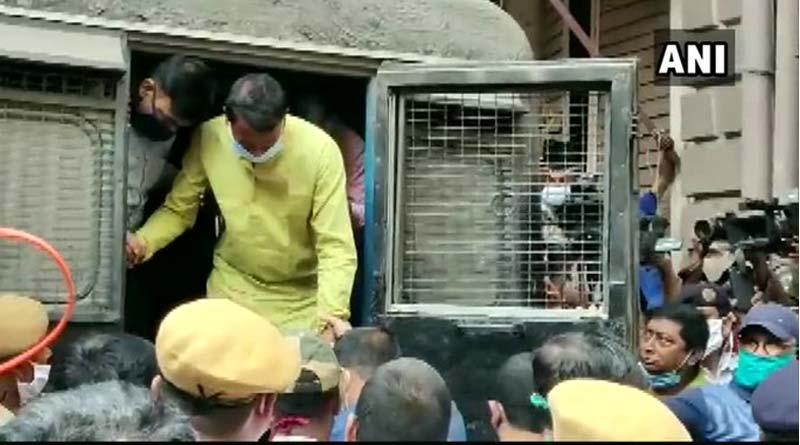 TMC leader Chhatradhar Mahato brought to Kolkata's Bankshall Court   Sangbad Pratidin