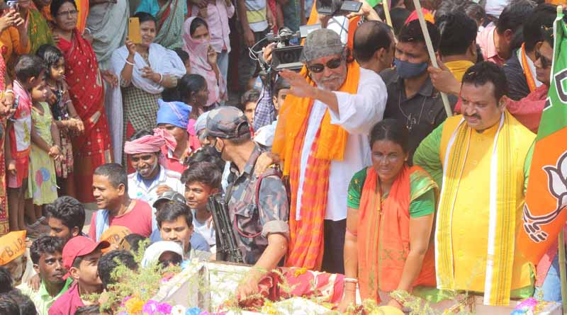 WB elections 2021: BJP leader Mithun Chakraborty participets in 4 rode shows in support of party candidates । Sangbad Pratidin