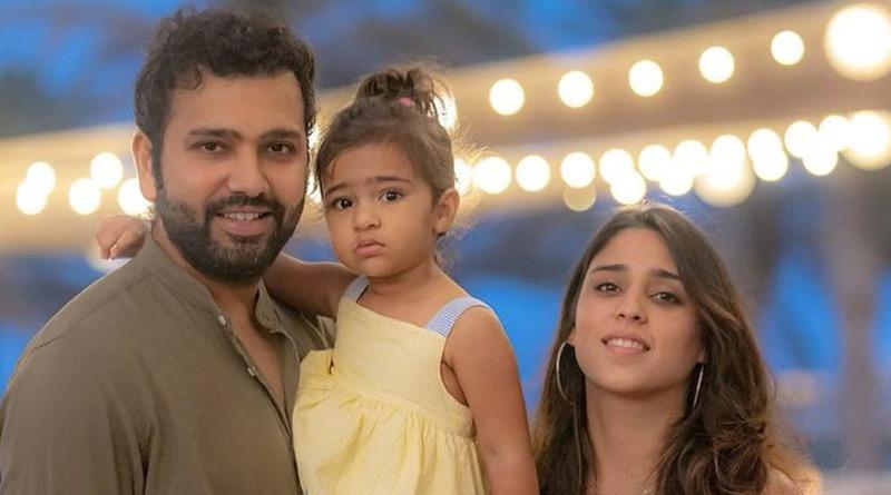 Baby Samaira shows mummy Ritika Sajdeh how daddy Rohit Sharma hits a six | Sangbad Pratidin