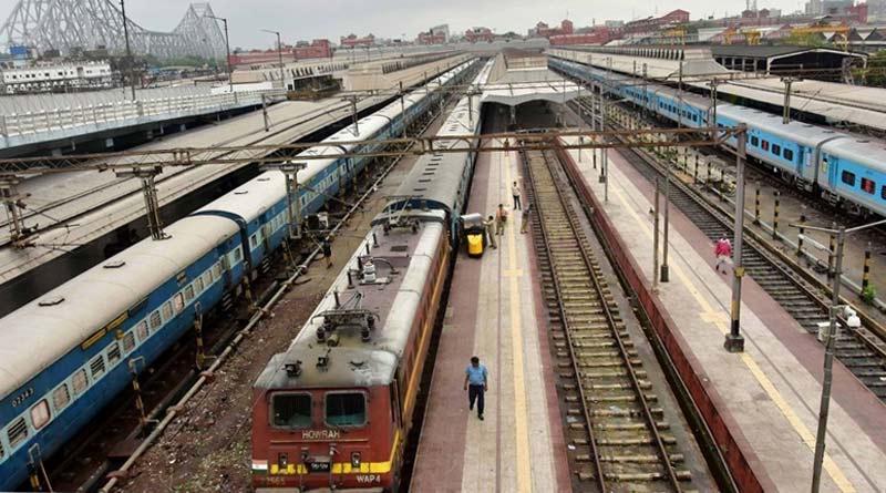 Mechanical failure hits suburban train services on Howrah south-east section | SangbadPratidin