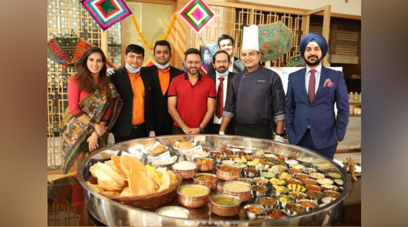 Dhoni Khichdi, Kohli Khaman: A 5-ft long Gujarati 'Motera thali' combines two Indian favourites | Sangbad Pratidin