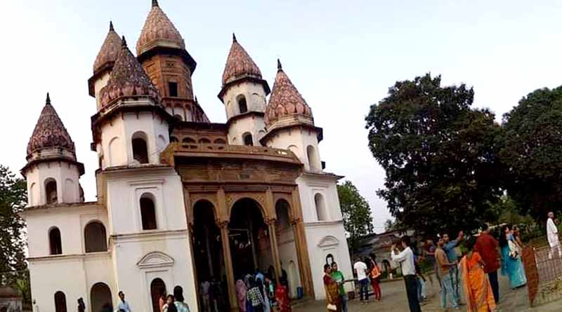 Hongseswari temple of Banshberia of Hoogly closed due to covid situation । Sangbad Pratidin