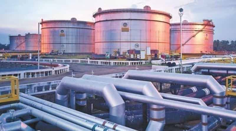 Indian Oil Corporation has begun supply of 150 Metric Tones of Oxygen at no cost । Sangbad Pratidin