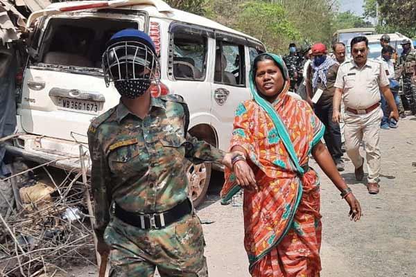 Assembly Polls 2021 : BJP candidate allegedly attacked by tmc in Keshpur
