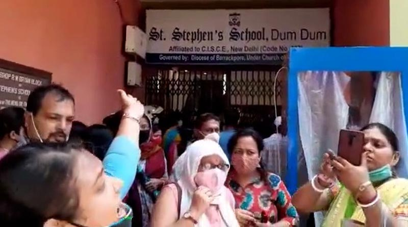 Parents stage protest at Dum Dum's St.Stephens school over fee hike