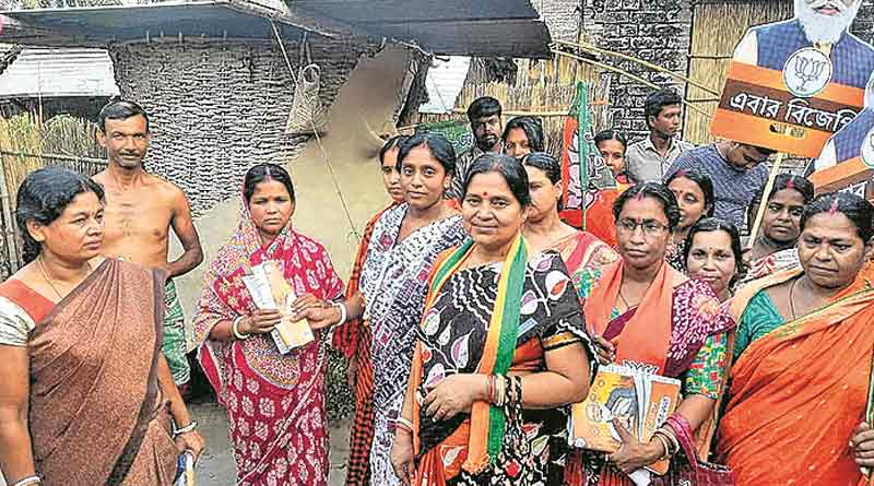 WB Assembly Election: wife of BJP candidate of Karimpur is running the campaign as he tested COVID-19 positive | Sangbad Pratidin