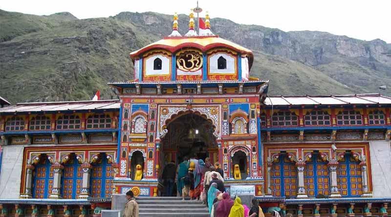 Uttarakhand suspended Chardham Yatra amid soaring COVID-19 infections | Sangbad Pratidin