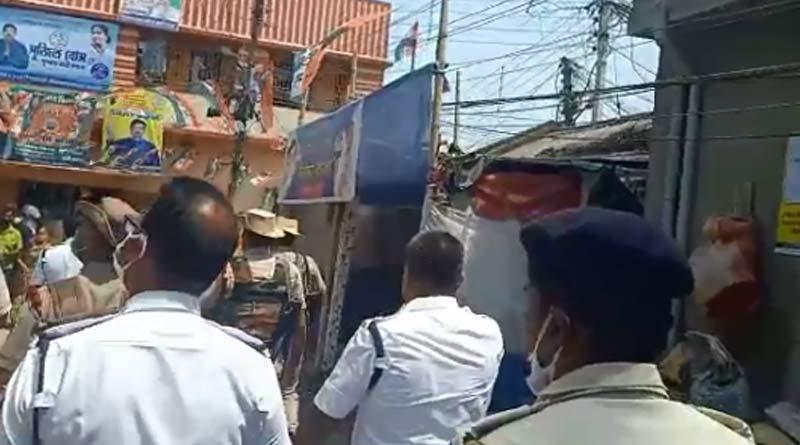 WB assembly polls 2021: BJP-TMC clash at Shantinagar during 5th phase | Sangbad Pratidin