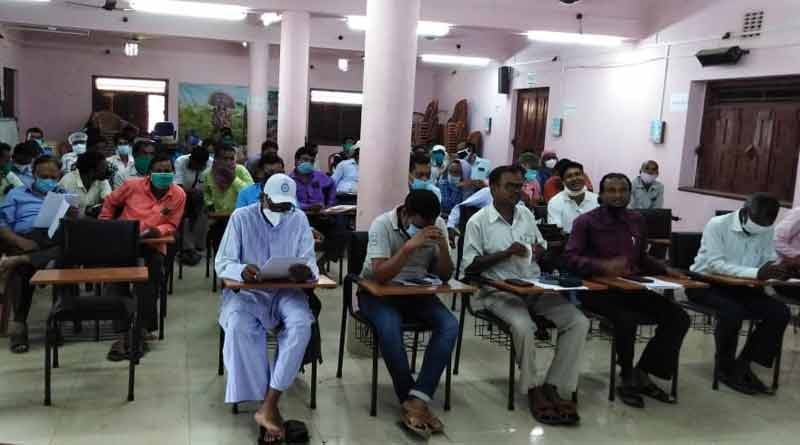 Some teacher creates covid fund to serve common people ।Sangbad Pratidin