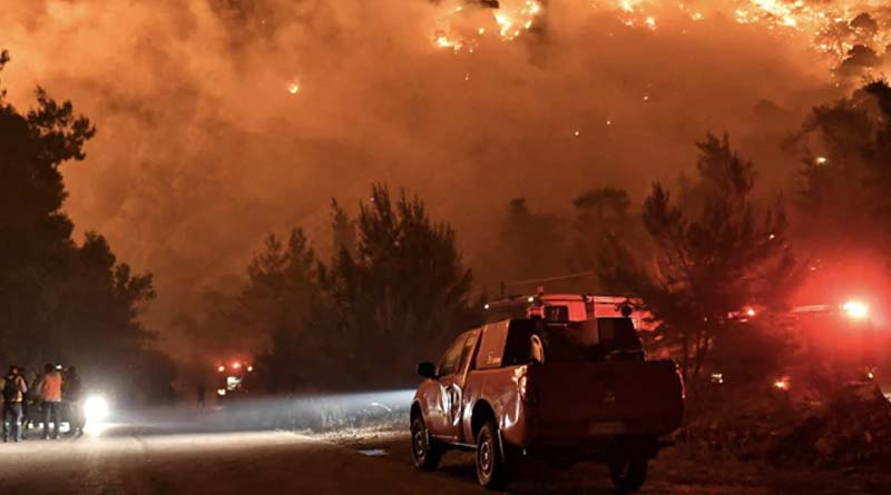 Greece villagers evacuated as forest fires rage  Sangbad Pratidin