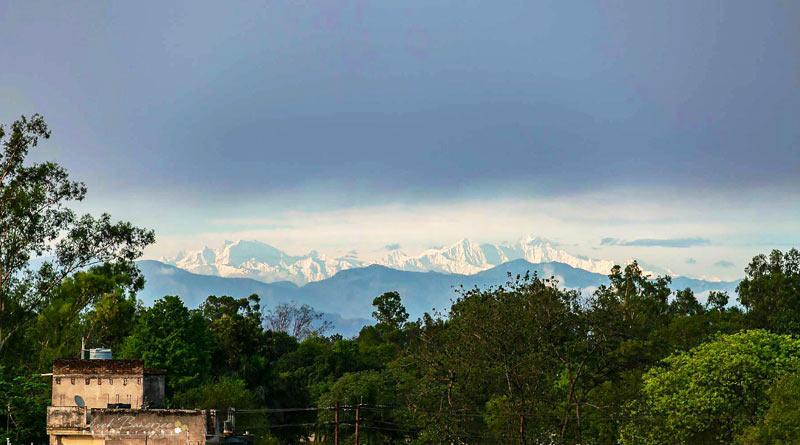 Himalayas Seen From Uttar Pradesh Town, Picture goes Viral | Sangbad Pratidin