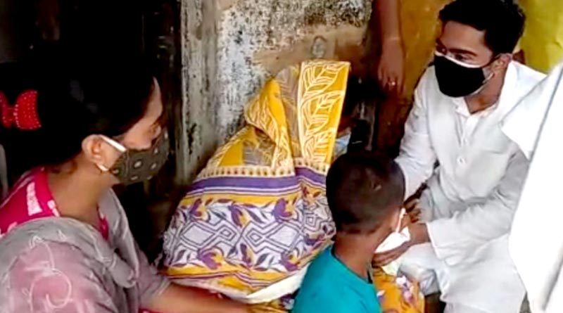 Abhishek Banerjee meets deceased people at Hooghly who's family members lost life in lightening and distributes money | Sangbad Pratidin