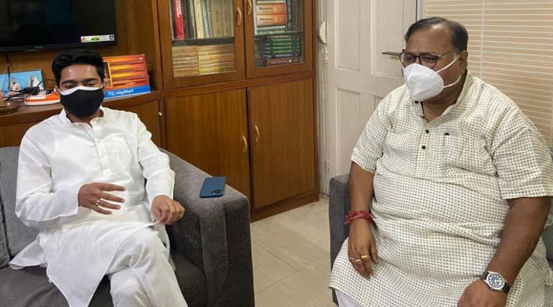 Abhishek Banerjee visits Partha Chatterjee's house after getting new responsibility of General secretary of TMC   Sangbad Pratidin