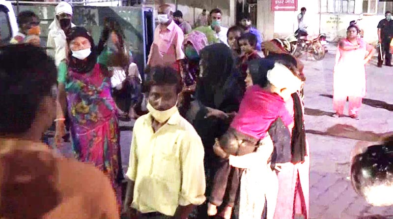Three children died after a wall collapsed in Agra's Kagarol | Sangbad Pratidin